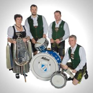 Schlagwerk: Elisabeth Zech, Christian Kast, Richard Zech, Hans Biberger